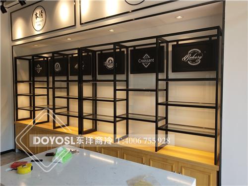 上海本情每日新鲜烘焙-面包展示柜工程案例